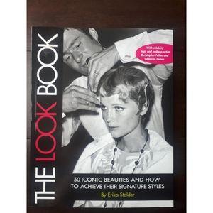Lookbook 50 iconic beauties book